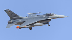 """General Dynamics F-16C Fighting Falcon of the 311 FS """"Sidewinders"""" from Holloman AFB (Norman Graf) Tags: plane airplane fighter aircraft jet f16 lf viper usaf hollomanafb lukeafb unitedstatesairforce sidewinders generaldynamics aetc wildducks fightingfalcon f16c militaryexercise aireducationandtrainingcommand 56fw 56thfighterwing 880464 54fg 311fs 54thfightergroup 311thfightersquadron redflag154"""