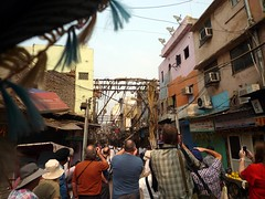 INDIA. DELHI. Calles.Barrio Chaddni Chowk. Asombro fotogrfico.57 (joseluisgildela) Tags: people india gente delhi barrio calles chaddnichowk