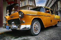 Cuba (48) (Polis Poliviou) Tags: auto voyage street travel art heritage classic cars beauty car america canon sketch automobile paint artistic painted havana cuba colonial pesos castro fidel revolution malecon vehicle caribbean che 1960s colourful oldcar habana vacations limousine ernesto polis cubana luxurycar autocar cypriot havanavieja cubanrevolution cubacar patriaomuerte quevara cubaautomobile poliviou cubaauto polispoliviou