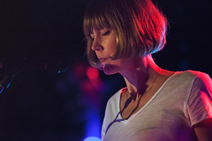 Beth Orton @ O2 Institute 2 (preynolds) Tags: concert gig livemusic dof canon5dmarkii mark2 raw tamron2470mm frontman singer singing soloartist folk electronic music musician birmingham digbeth counteractmagazine noflash stage stagelights