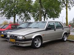 Alfa Romeo 75 1990 / 2003 bij SAAB Apeldoorn (willemalink) Tags: alfa romeo 75 1990 2003 bij saab apeldoorn