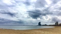 """Anfiteatro"" (atempviatja) Tags: barcelona horizonte paseo cielo nubes mar playa anfiteatro"