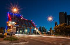 Brisbane's Story Bridge (Robert Willmett) Tags: brisbane twilight story bridge queensland australia car trails