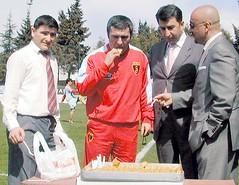 (l3o_) Tags: galatasaray cimbom gs football futbol baklava gheorghehagi