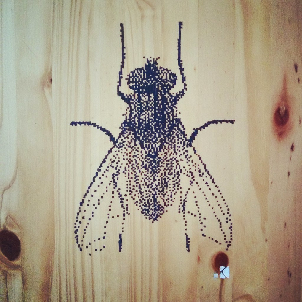 Moscow pixel stencil krayon tags krayon stencil insect stencilart mosca moskow pixel