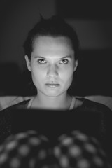 gimme the evil look (Zesk MF) Tags: bw black white angry girl woman schwarz weiss zesk mf nikon d5500 sigma 50mm 14 dark portrait candid evil look face