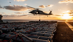161118-N-OI810-1023 (Official U.S. Navy Imagery) Tags: ussronaldreagancvn76 carrierstrikegroupfivecsg5 mh60s seahawk philippinesea
