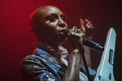 Laura Mvula @ O2 Institute 2 (preynolds) Tags: concert gig livemusic dof canon5dmarkii mark2 raw tamron2470mm frontwomen singer singing stage stagelights birmingham digbeth birminghamreview microphone keytar pop soul music musician soloartist rings noflash