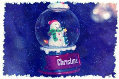 Small Snow Globe With Snowman Textured 001 (Chrisser) Tags: christmas decorations decoration snowmen snowman snowglobes snowglobe ontario canada canoneosrebelt1i canonefs1855mmf28macrousmprimelens backgroundfrombrenda ipiccy itsanaddiction