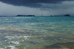 DSC00602 (Licran) Tags: trombe waterspout bateau sable plage ciel nuage mer sand boat beach island water sky cloud sea mayotte