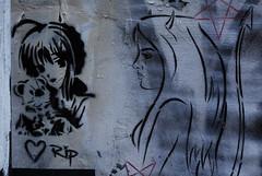 Brick Lane   (dese) Tags: london eastendoflondon eastend eastlondon streetart art kunst gatekunst hjarte heart hjrta cur herz november30 2016 woman girl