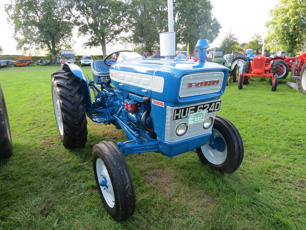 Ford Classic Tractors : The world s best photos of bmc and tractor flickr hive mind