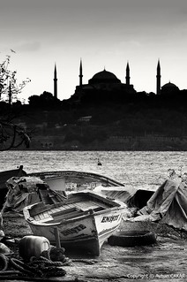 Monochrome Uncle and Istanbul