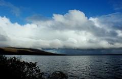 Laugarvatn (oeiriks) Tags: autumn cloud lake water landscape iceland laugarvatn oeiriks sonyalpha350 blskgabygg