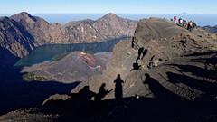 Approaching the Rinjani's summit (Andrea Cavallini (cavallotkd)) Tags: trekking indonesia volcano andrea summit lombok cavallini rinjani cavallotkd andreacavallini