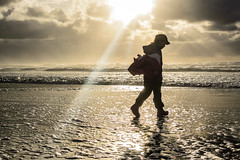 Beach Walker (r3m00r3) Tags: beach oregon unitedstates manzanita