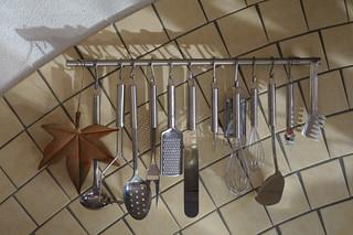 Küchenpersonal im Sonnenlicht