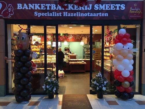 Ballonpilaar Kerstman en Rudolph Banketbakkerij Smeets Spijkenisse