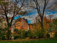 Hof - Vorstadt (GerWi) Tags: hof vorstadt landschaft landscape outdoor natur nature himmel sky stadt architektur gebude huser