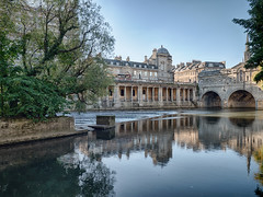 Bath (Mad Blike) Tags: panasonic panasonicgx8 panasoniclumix olympusm714mmf28 angleterre england ville city reflets reflections pont bridge antique unesco mdival medieval canal waterway