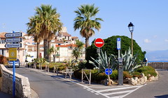 Antibes, South of France. (Roly-sisaphus) Tags: antibes southoffrance frenchriviera cotedazure nikond802016dsc1105