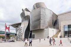 Guggenheim-Bilbao west (Rainer ) Tags: guggenheimmuseum frankogehry architektur arquitectura architecture bilbao baskenland provinzbizkaia bayofbiscay biskaya ngc espaa spanien spain espagne color sommer2016 rainer