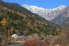 Mountain resort (Teruhide Tomori) Tags: landscape nagano kamikochi japan mountain japanalps           hotakamountainrange  mountainridge chbusangakunationalpark  cliff rock mountainpeak