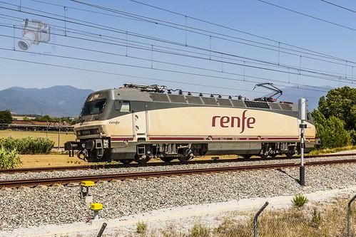 RENFE 252 en Llinars del Vallès