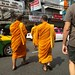 How to cross the street in Thailand - follow the monks