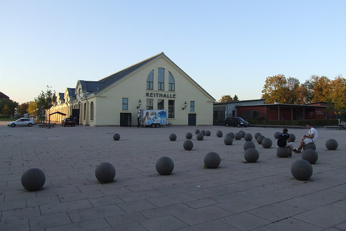 Balls, 30.09.2011.