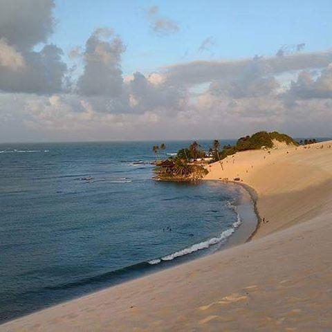 A foto da semana: Praia de Genipabu, litoral norte do rn.  #extremoz #rn #beach #sea #sun #praia #genipabu #dunas #pic #like #instasea #insta #instapic #instalike #marazul #skyblue #nordeste