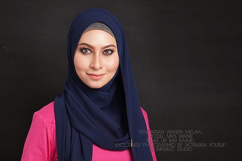 Photoshot Pencarian Wanita Melayu model @miyswanie  Make up @ikinrashid exclusively photographed     by @normanyousuf  #modelmuslimah #modelmuslimahmalaysia #modelmuslimahwanted #photographer #photographermalaysia #shahalam #studiophotography #studiophoto
