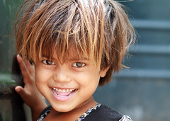 young indian girl (BDphoto1) Tags: photograph ethnic cultural india indian newdelhi child face portrait streetphotography happy color