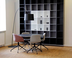 reolsystem-moedelokale-inspiration (atbodk) Tags: furniture bookshelf bookcase books interior design house inside danish danishdesign