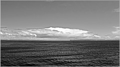 "what's better - ""color"" or ""b&g"" (tor-falke) Tags: sea sky water clouds islands scotland seaside nice meer wasser flickr mare view sony scottish himmel wolken alpha dslr nuages wetter ausblick schottland 58 niceview westhighlands schottisch scotlandtour schottlandtour sonyalpha scotlandtours alpha58 torfalke flickrtorfalke isleodorkney schottlandreise2015"