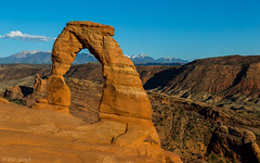 Delicate Arche (olli_mlh) Tags: red mountains nature beautiful rock landscape utah formation bow arche delicatearche utahrocks usa2015