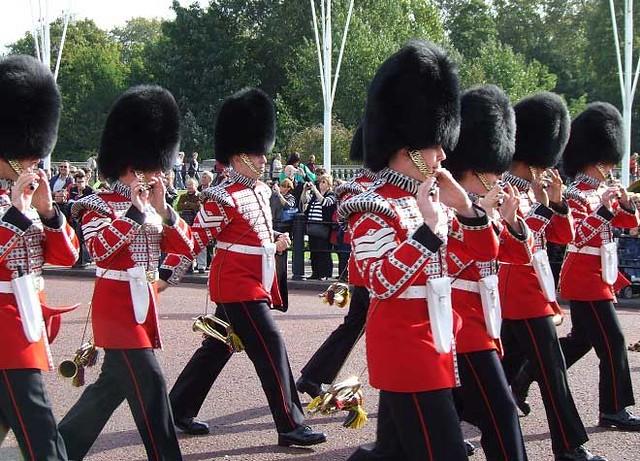 バッキンガム宮殿(世界各国の観光名所を巡れるオプショナルツアー)