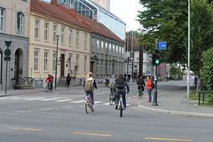 Sykkelfelt Kjpmannsgt. 0107 (Miljpakken) Tags: trondheim rdt sykling bymilj gatemilj miljpakken syklister bygate bytransport bytrafikk miljopakken sykkelveg sykkelanlegg bysykling