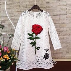 680฿#ส่งฟรีลงทะเบียนส่งemsเพิ่ม20บาทจ้า  🎉Hot Item Re-stock!!  🍭 Korea Design By Lavida  luxury lace embroidery big red roses dress🍭  เดรสงานลูกไม้สุดหรู แบบเดียวกับที่คุณชมพู่ใส่เลยค่ะ ดีไซน์งานปักดอกกุหลาบดอกใหญ่สีแดง เย็บติดสวยเด