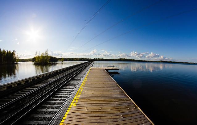 Lake platform