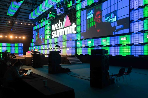 THE WEB SUMMIT DAY TWO [ IMAGES AT RANDOM ]-109843