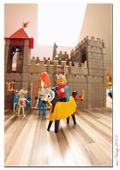 Ritter (Playmobil 1974) (Mr.Vamp) Tags: male castle toys fantasy characters schloss spielzeug vamp playmobil burg figuren ritter pawns fantasie playarea männchen madeingermany knightscastle plasticfigures spielgeräte spielfiguren ritterburg mrvamp kunststofffiguren playmobilknights spielzeugausnürmberg toynürmberg