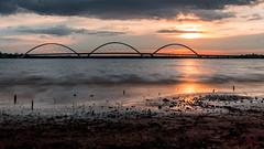 Por do sol & Ponte JK (Felipe_Lucchesi) Tags: braslia brasil distritofederal