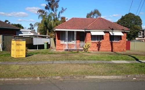 14 Baudin Cr, Fairfield West NSW 2165