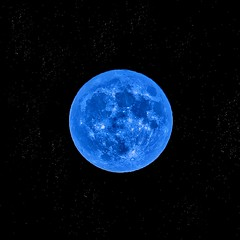 Blue Moon in Marseille (J2MC) Tags: bigmoon moon bluemoon marseille j2mc pentax square quad stars