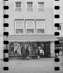 Kodak-V2-500T_Rodinal_FujiFilm-ga645zi_20151125_0004-5 (Zaoliang Luo) Tags: kodak rodinal150 nrnberg xprocessing vision2 fujifilmga645 500t