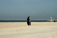jumeirah spiaggia v (8) (Parto Domani) Tags: beach dubai united uae playa arabic east emirates arab oriente middle peninsula medio spiaggia uniti arabi jumeirah arabica penisola emirati
