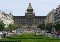 Wenzelsplatz (mobilix) Tags: prag praha wenzelsplatz vclavsknmst cz nationalmuseum centralperspective zentralperspektive einsonce kw49309