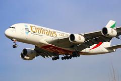 LEBL. Emirates A380 (Josep Oll) Tags: barcelona photography photo airport foto bcn landing emirates airbus a380 avin aeropuerto spotting reactor approaching planespotting aterrizaje spotters elprat pasajeros cavok aproximacin cuatrimotor final25r lebl171215