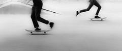 Both ways (The Fresh Feeling Project*) Tags: valencia skate viejocaucedelturia patinaje patinadores skateboard blackandwhite bw bn noiretblanc contrast highcontrast street streetphoto streetphotography streetphotographer urban city